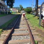 小樽「旧手宮線跡」 北海道最初の鉄道の廃線路 線路の上を歩くことができるんです![2016年8月 札幌・小樽旅行記 その17]